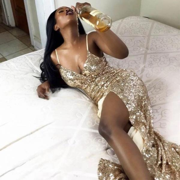 Gold Sequin Prom Dresses Mermaid Long Evening Dresses V Neck Formal Gowns Sexy Spaghetti Straps Party Pageant Graduation Dresses with Slit for Teens